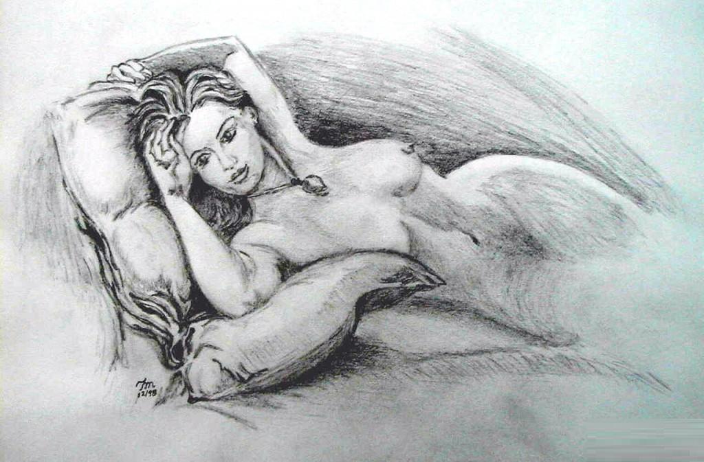 裸体 拍卖/此画像在电影道具拍卖行中以最高的价格成交,公司的发言人也...