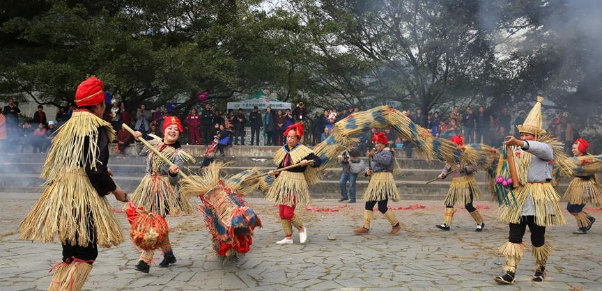 Dong people commemorate ancestor on Sama Festival in China